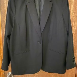 Liz Claiborne Women's Fit Black Blazer